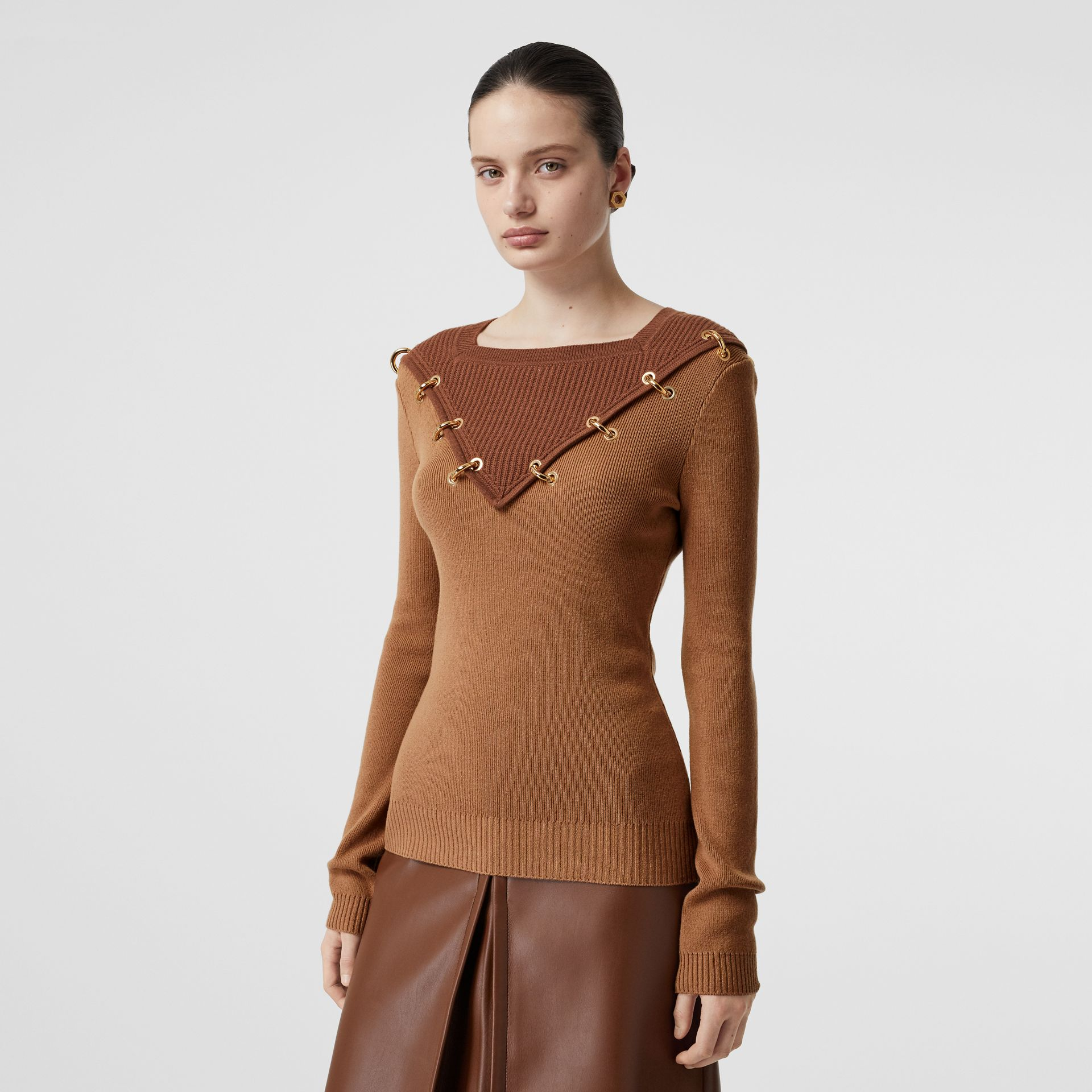 Ring-pierced Two-tone Wool Cashmere Sweater in Warm Camel - Women | Burberry United Kingdom - gallery image 5