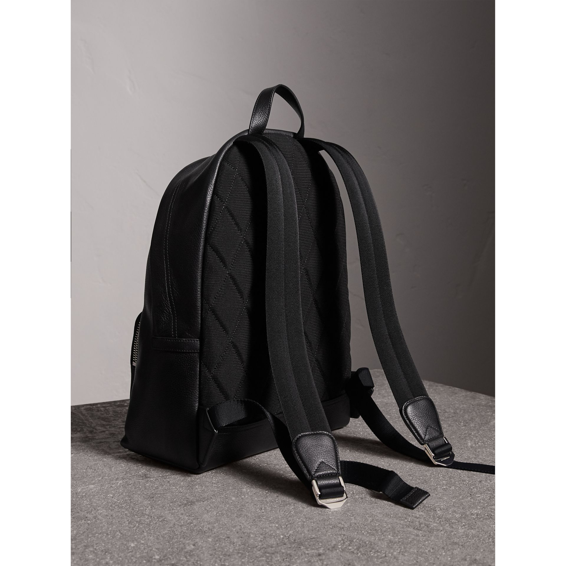Grainy Leather Backpack in Black - Men | Burberry Canada - gallery image 4