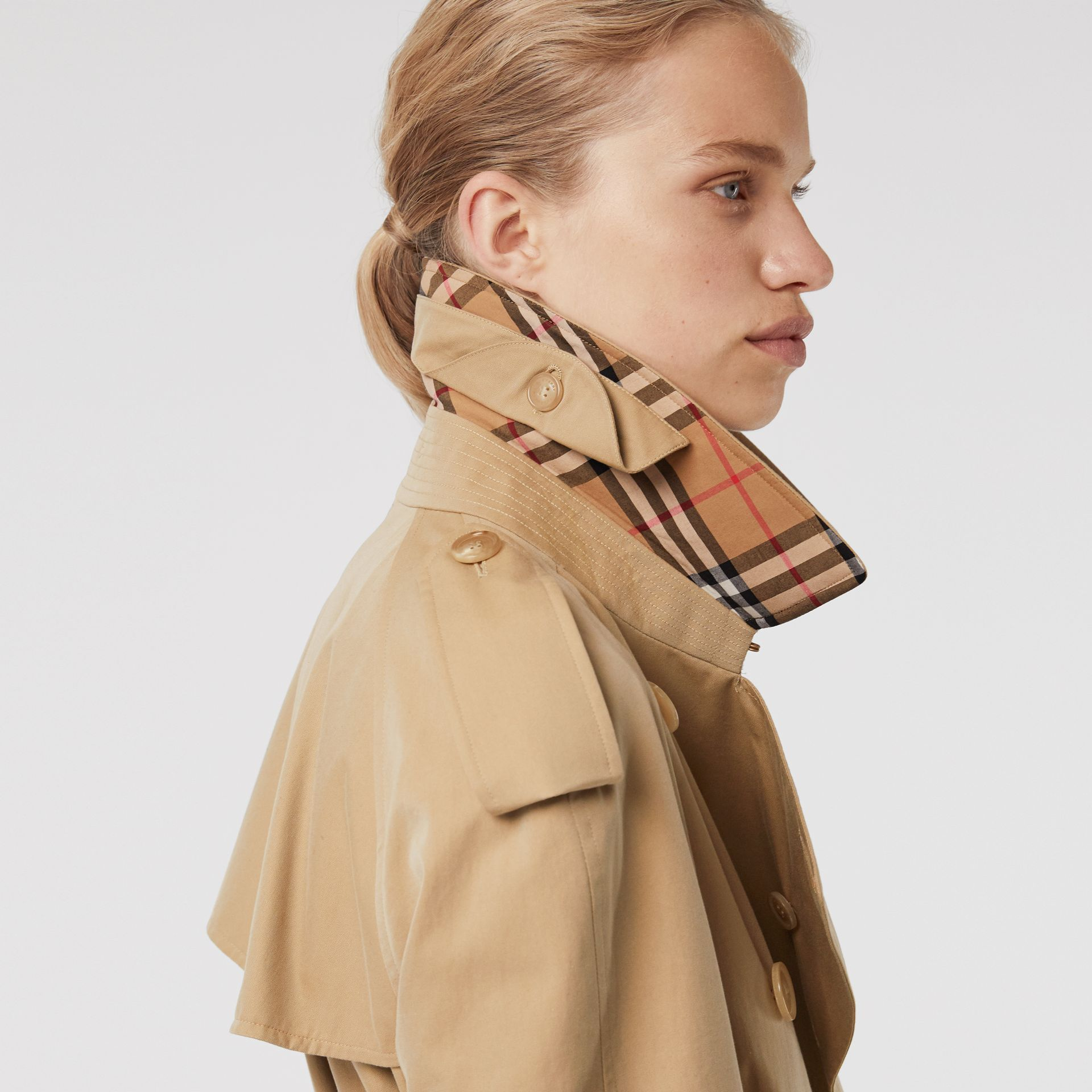The Westminster Heritage Trench Coat in Honey - Women | Burberry - gallery image 5