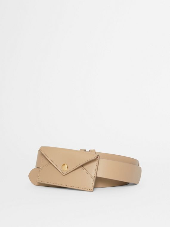 Envelope Detail Leather Belt in Latte