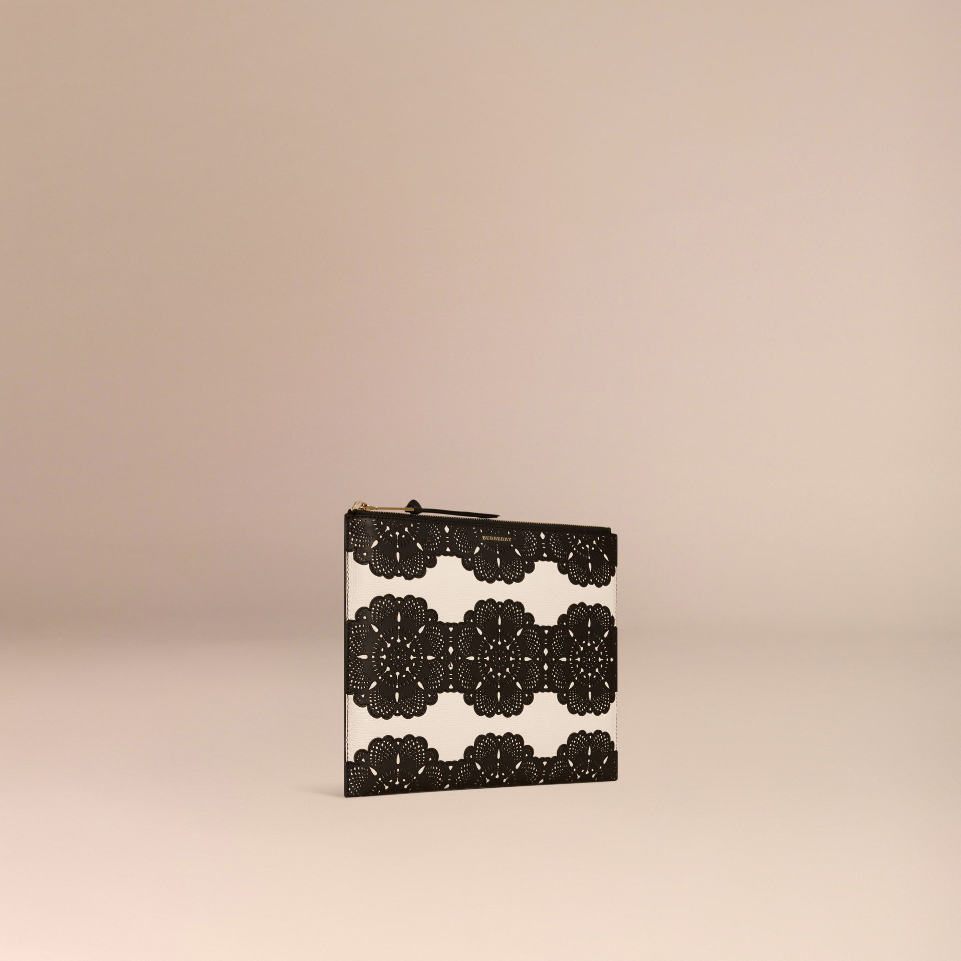 Natural Extra-large Laser-cut Lace Leather Beauty Wallet - gallery image 3
