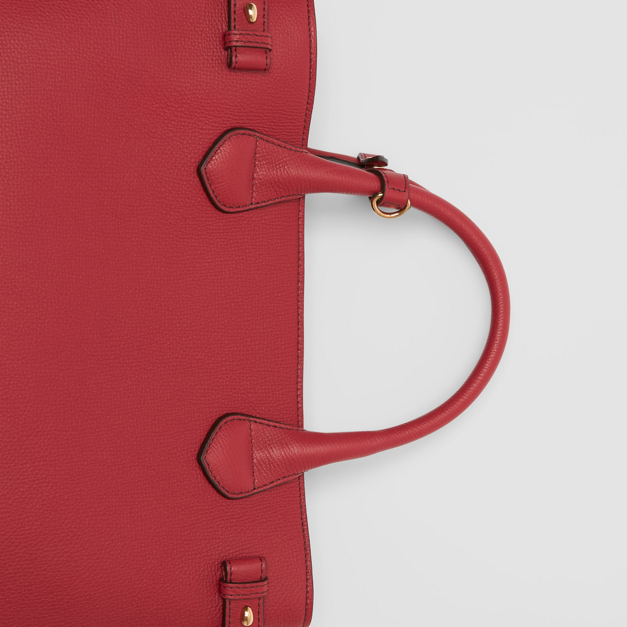 The Medium Banner in Leather and House Check in Russet Red - Women | Burberry - 2
