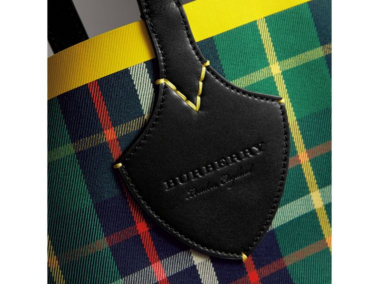 Borsa tote The Giant media double face in cotone con motivo tartan (Verde Foresta/navy Oltremare) | Burberry - cell image 1