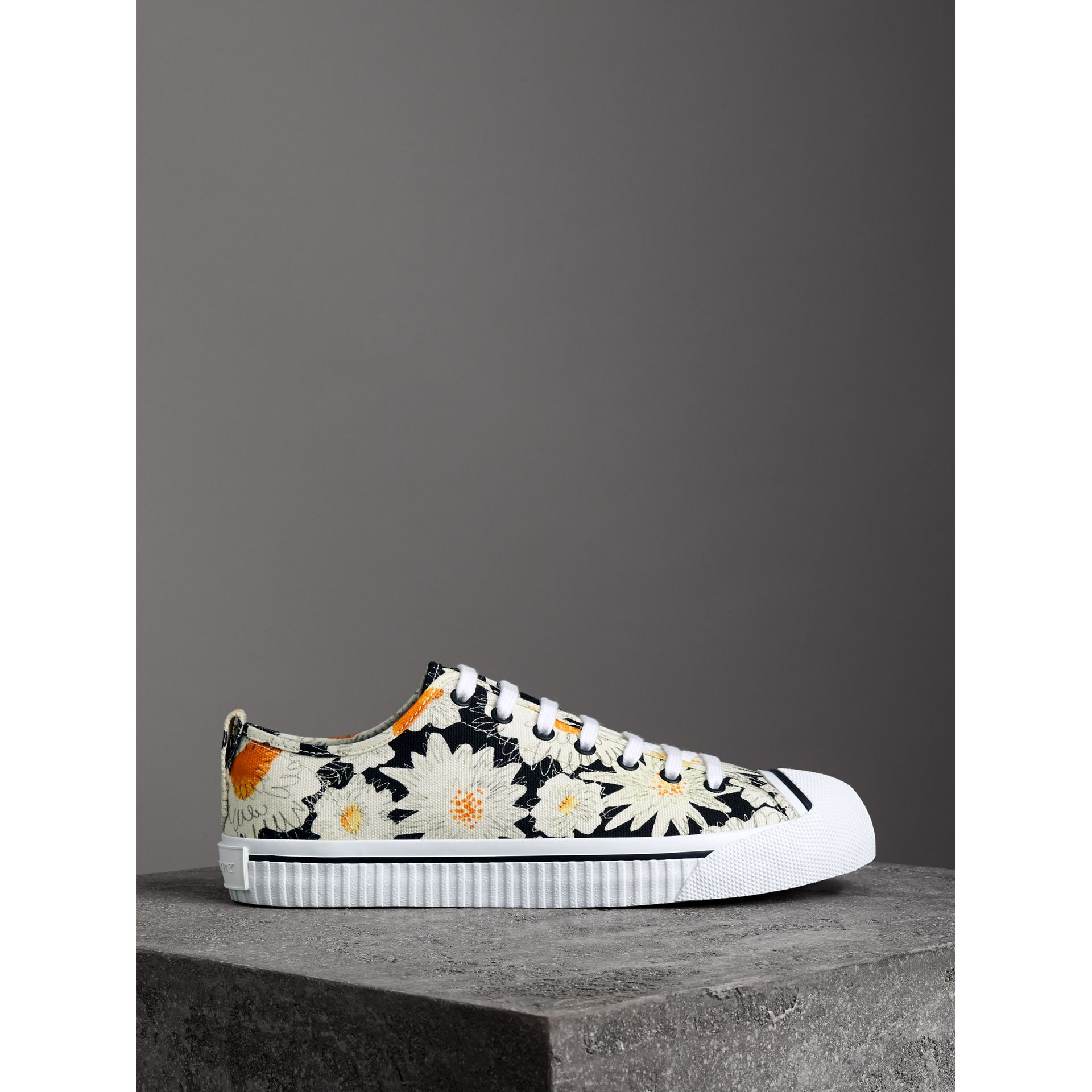 Daisy Print Cotton Canvas Sneakers in Black | Burberry United States - gallery image 3