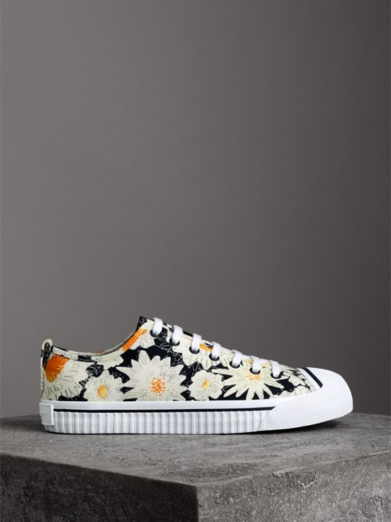 Daisy Print Cotton Canvas Sneakers in Black | Burberry United States - cell image 3