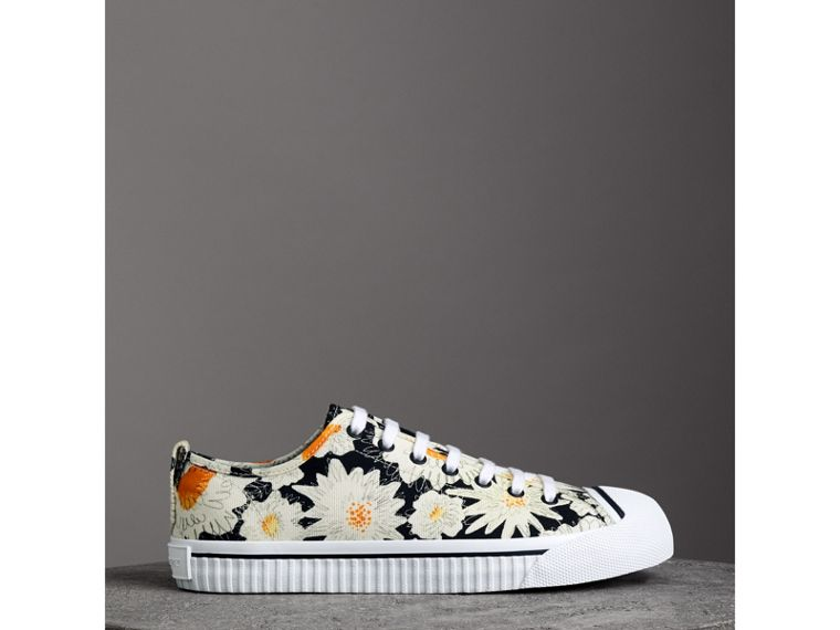 Daisy Print Cotton Canvas Sneakers in Black | Burberry Canada - cell image 4