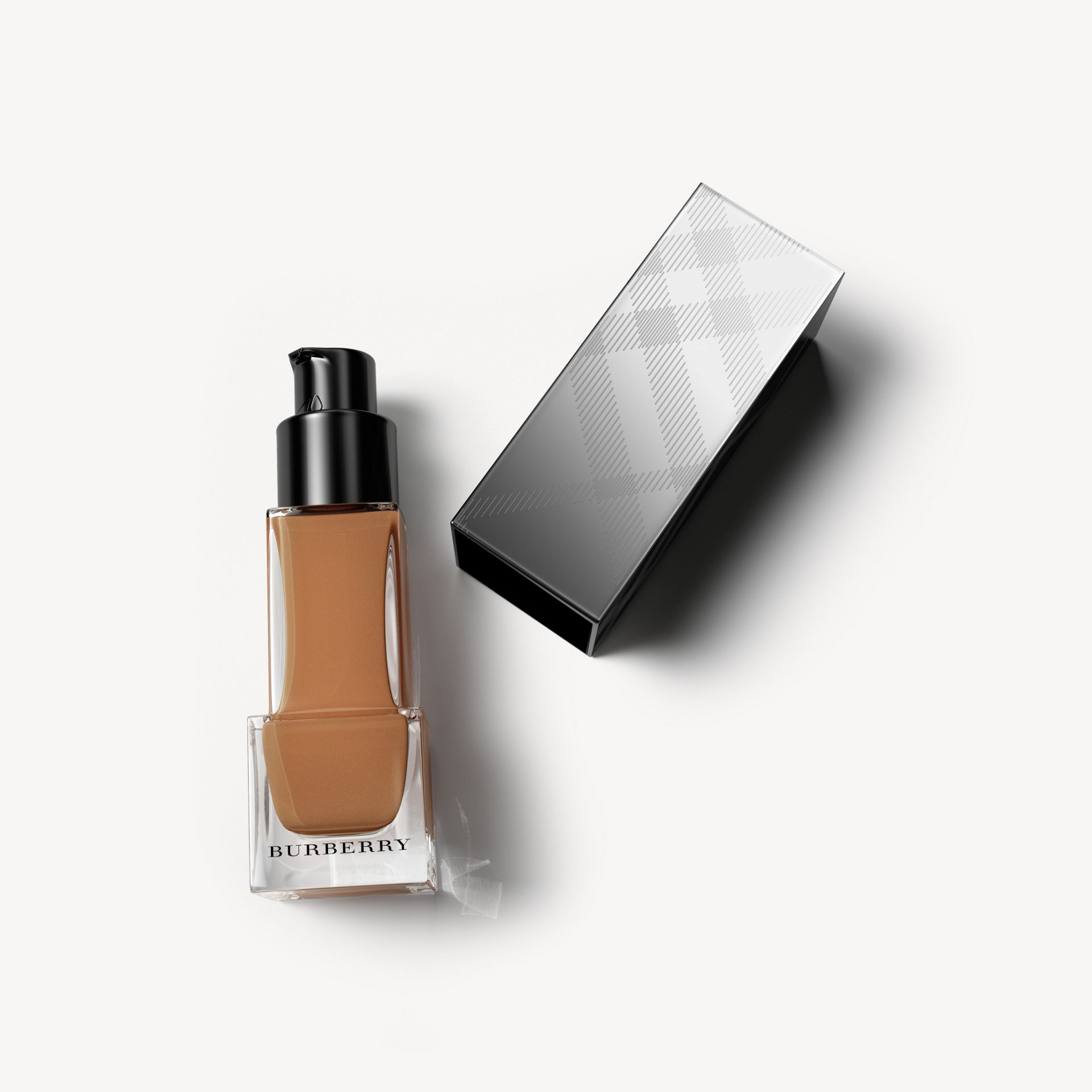 Fresh Glow Foundation SPF 15 PA+++ - Camel No.42 - Donna | Burberry - immagine della galleria 1
