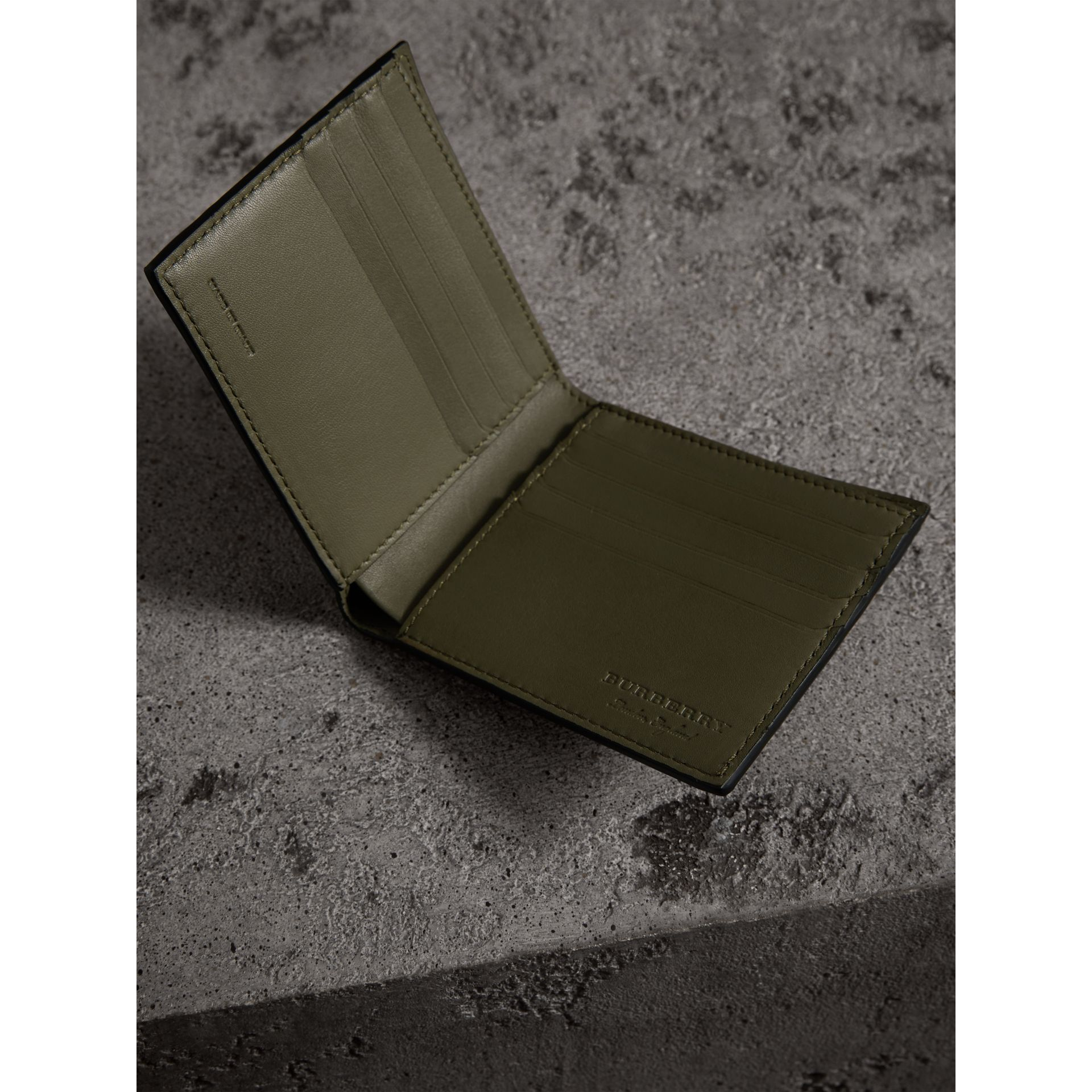 Splash Trench Leather International Bifold Wallet in Slate Green/splash - Men | Burberry - gallery image 3