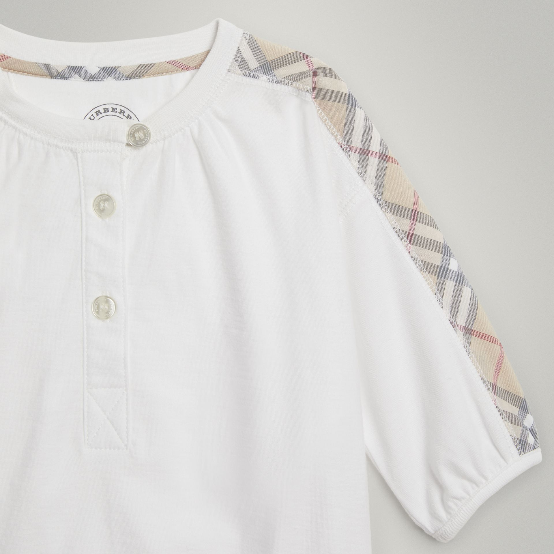 Check Cotton Three-piece Baby Gift Set in White - Children | Burberry United States - gallery image 4