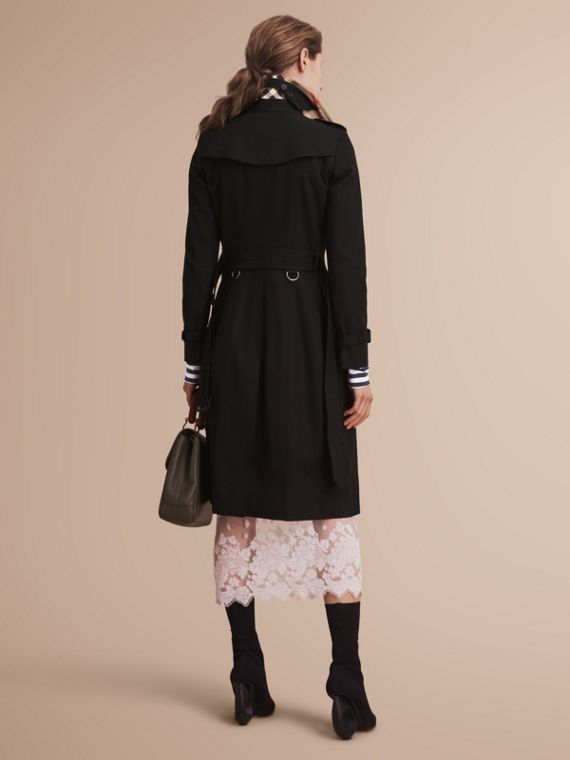 The Chelsea – Extra-long Heritage Trench Coat in Black - cell image 2