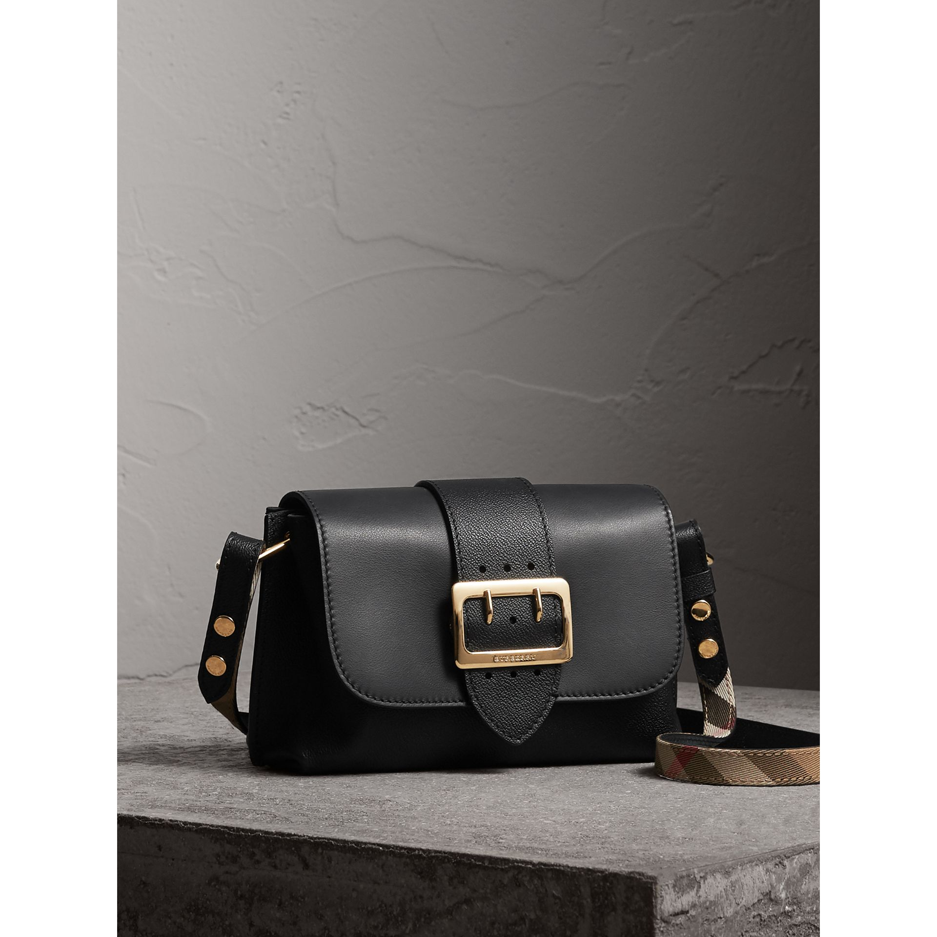 The Buckle Crossbody Bag in Leather in Black - Women | Burberry - gallery image 6