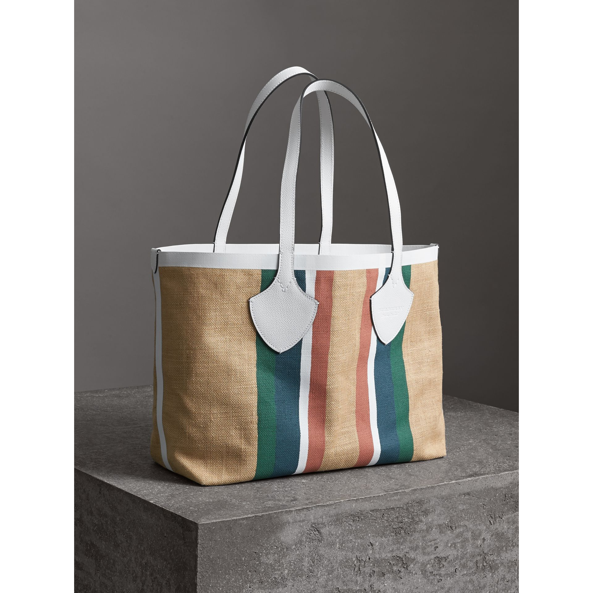 The Medium Giant Tote in Striped Jute in Chalk White - Women | Burberry - gallery image 6