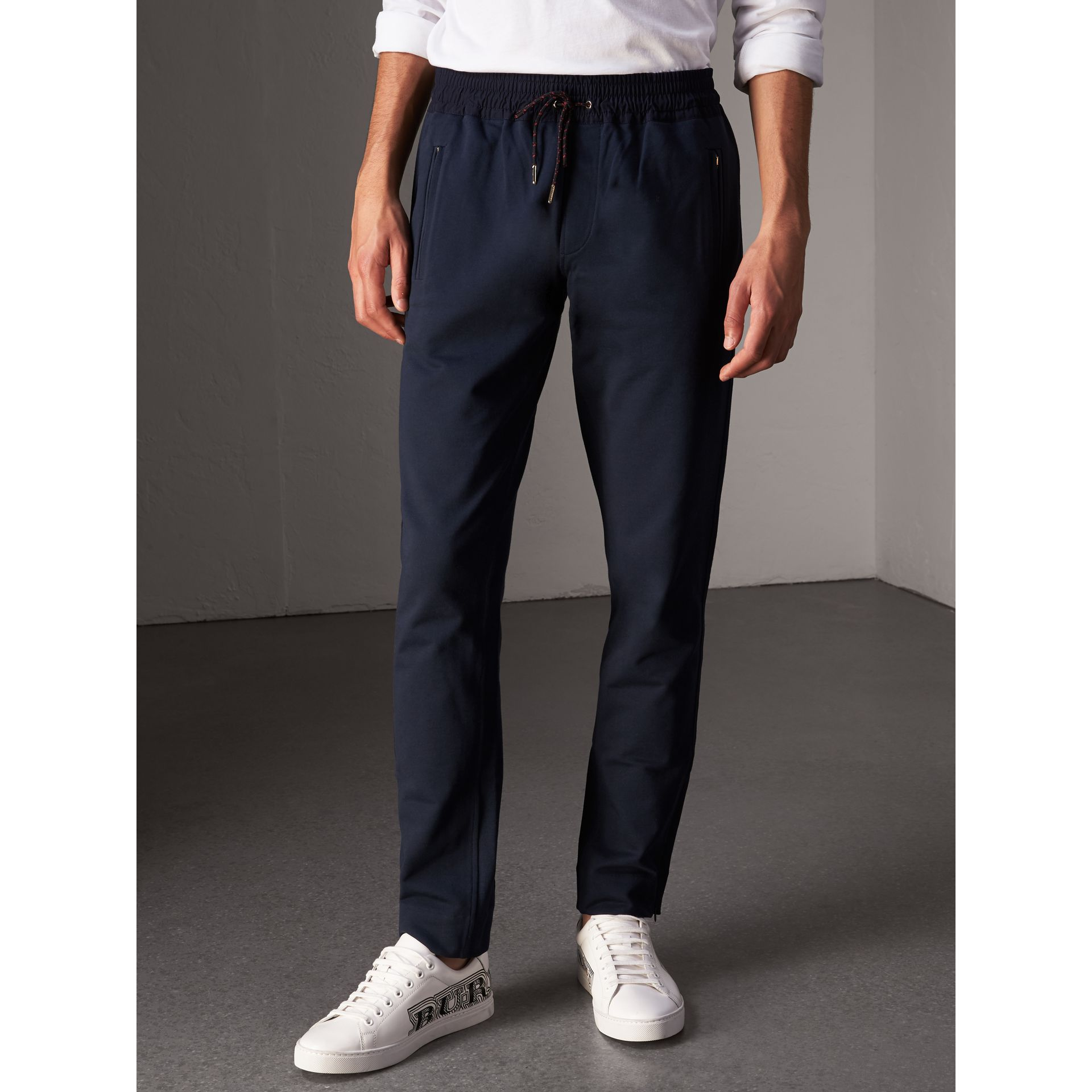Pantalon de survêtement en coton (Marine) - Homme | Burberry - photo de la galerie 5