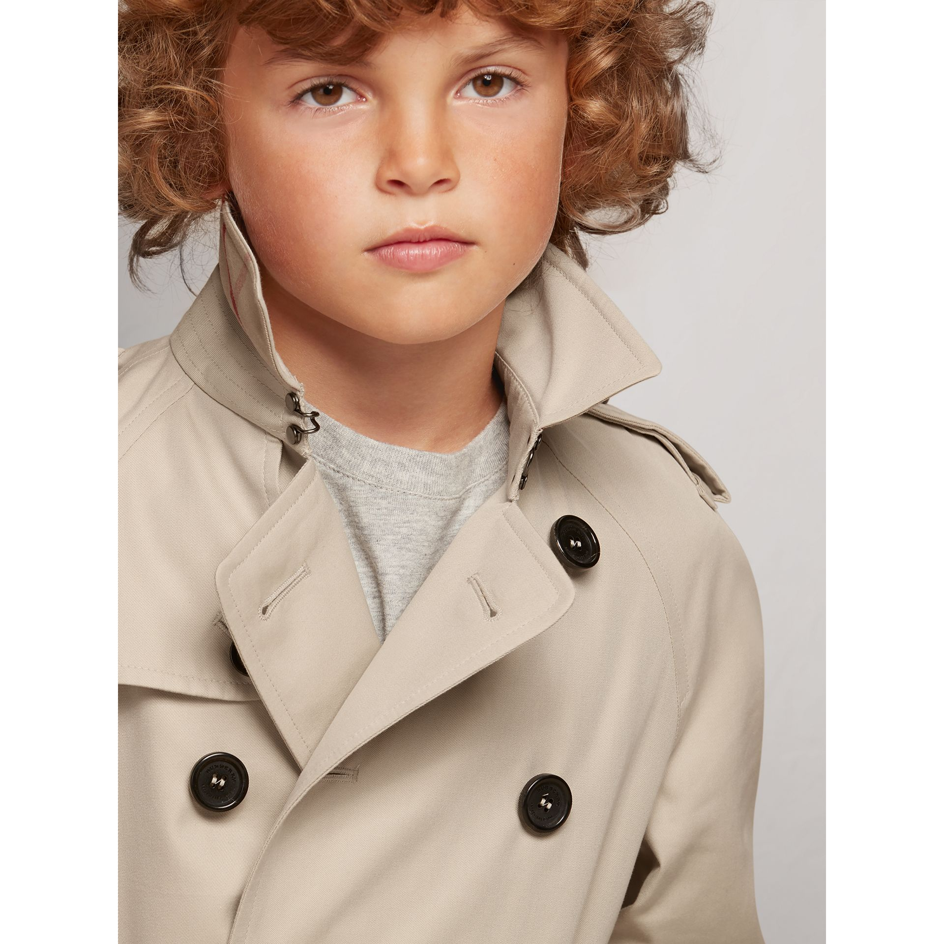 The Wiltshire – Heritage Trench Coat in Stone - Boy | Burberry Canada - gallery image 2