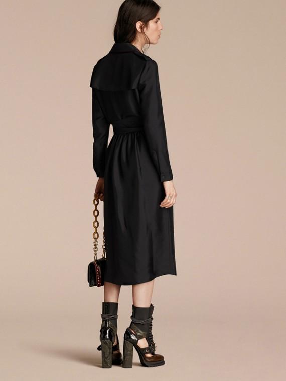 Preto Vestido Trench estilo wrap de seda com debrum militar - cell image 2
