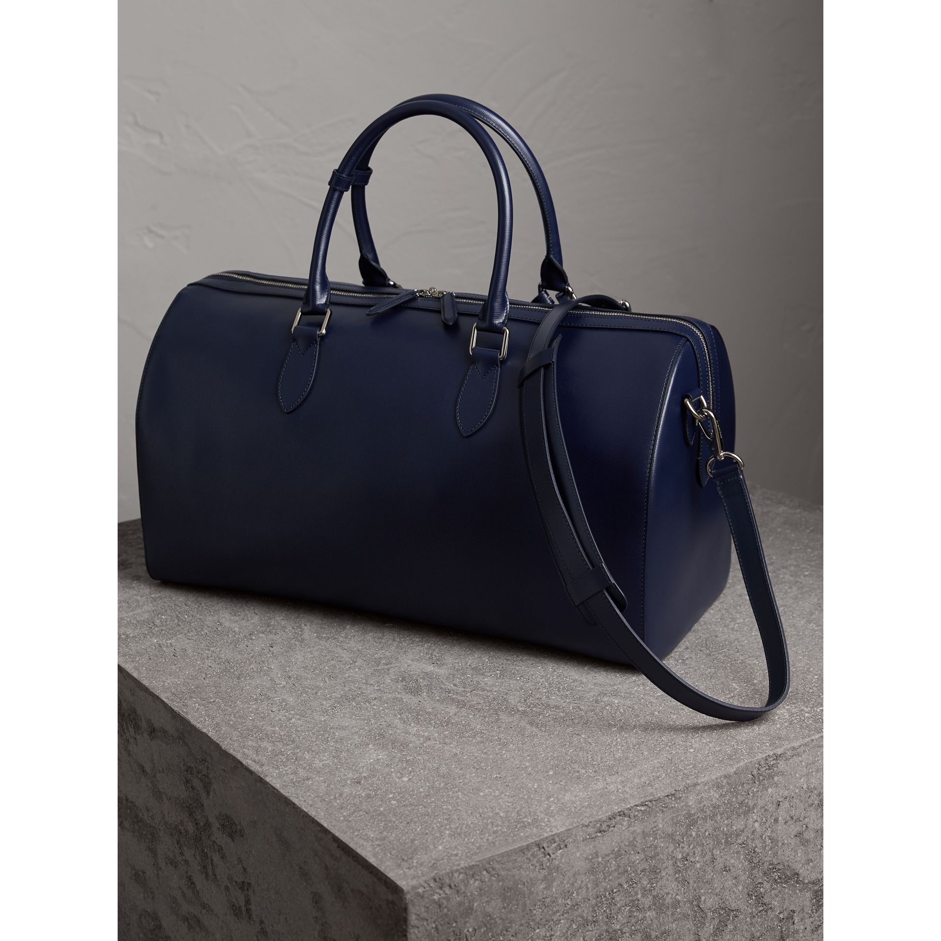 London Leather Holdall in Dark Navy - Men | Burberry - gallery image 5
