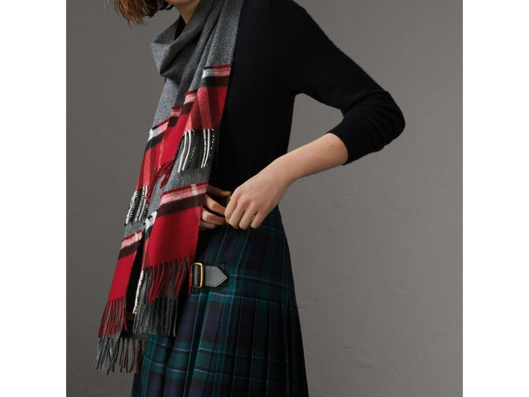 Tartan Panel Detail Cashmere Scarf in Mid Grey | Burberry Hong Kong - cell image 2