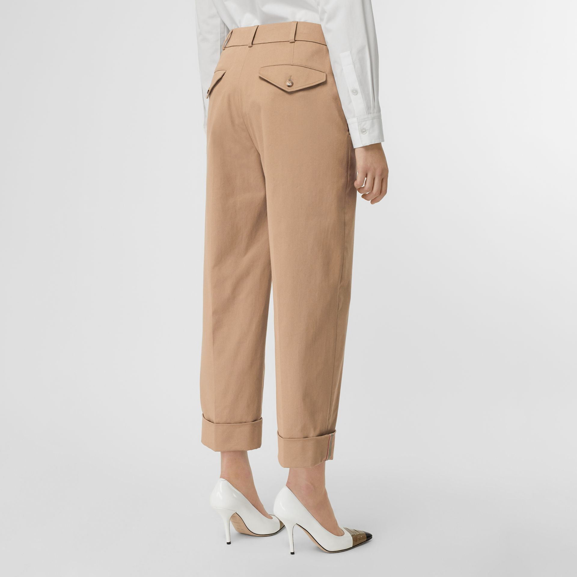 Icon Stripe Detail Stretch Cotton Cropped Trousers in Camel - Women | Burberry - gallery image 2