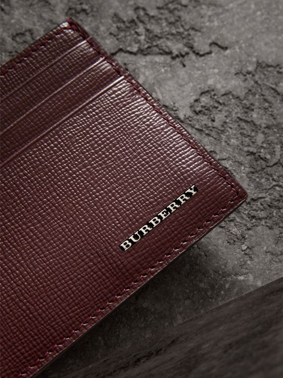 Porte-cartes en cuir London (Rouge Bourgogne) | Burberry Canada - cell image 1