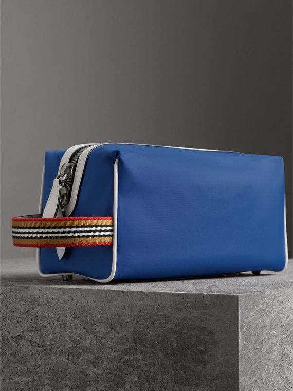 Heritage Ribbon Detail Nylon Pouch in Dark Canvas Blue | Burberry United Kingdom - cell image 2