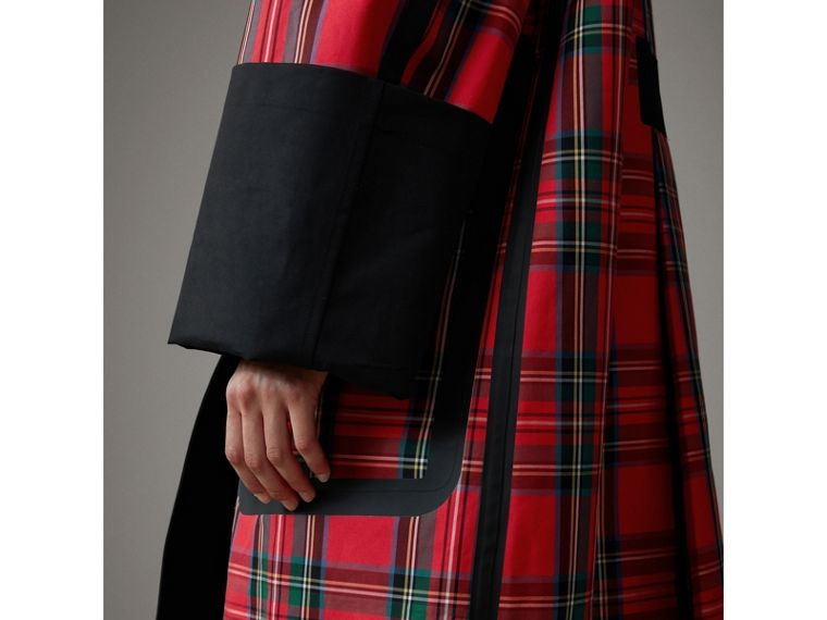 Tartan Bonded Cotton Seam-sealed Oversized Car Coat in Black - Women | Burberry - cell image 1