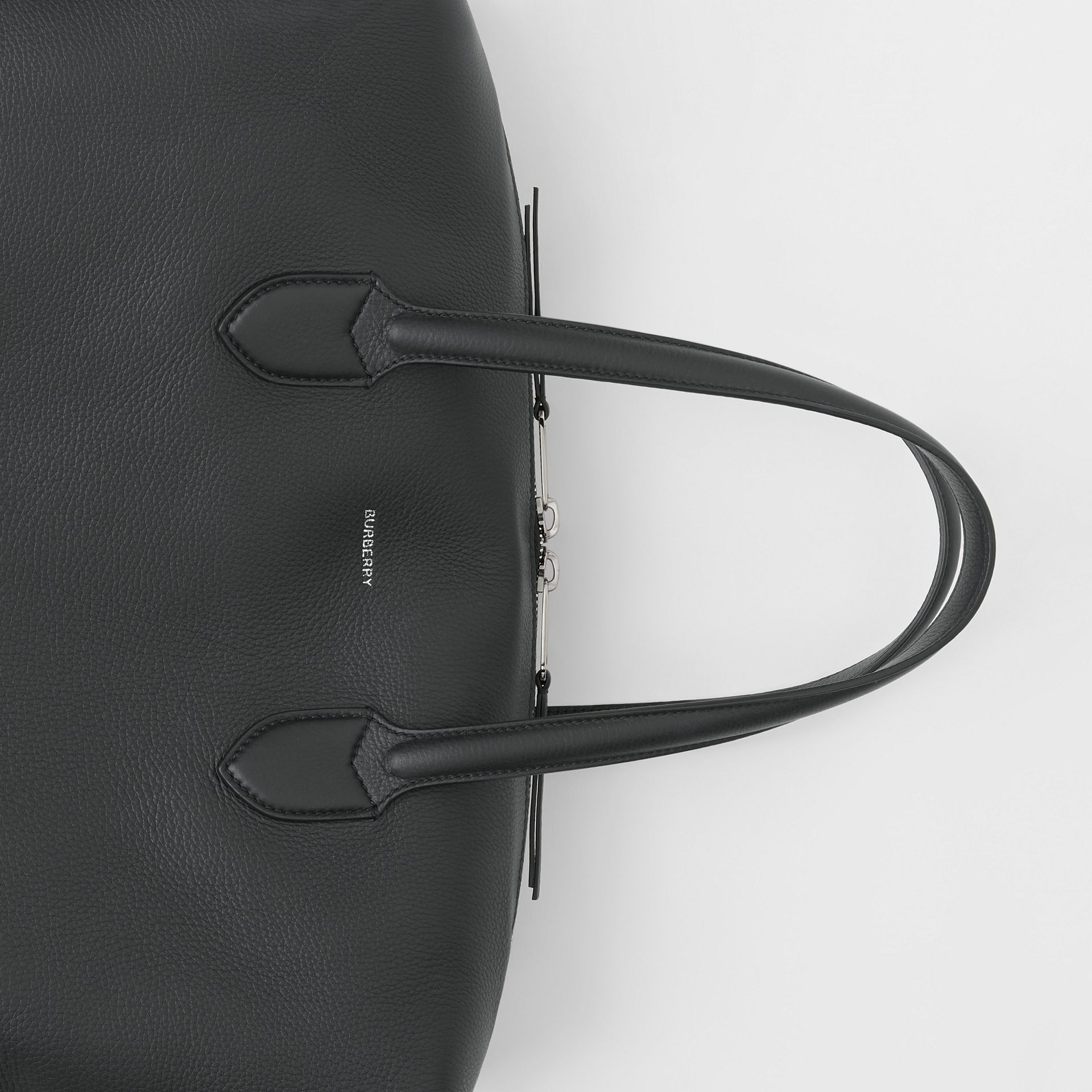 Grainy Leather Holdall in Black - Men | Burberry United Kingdom - gallery image 1