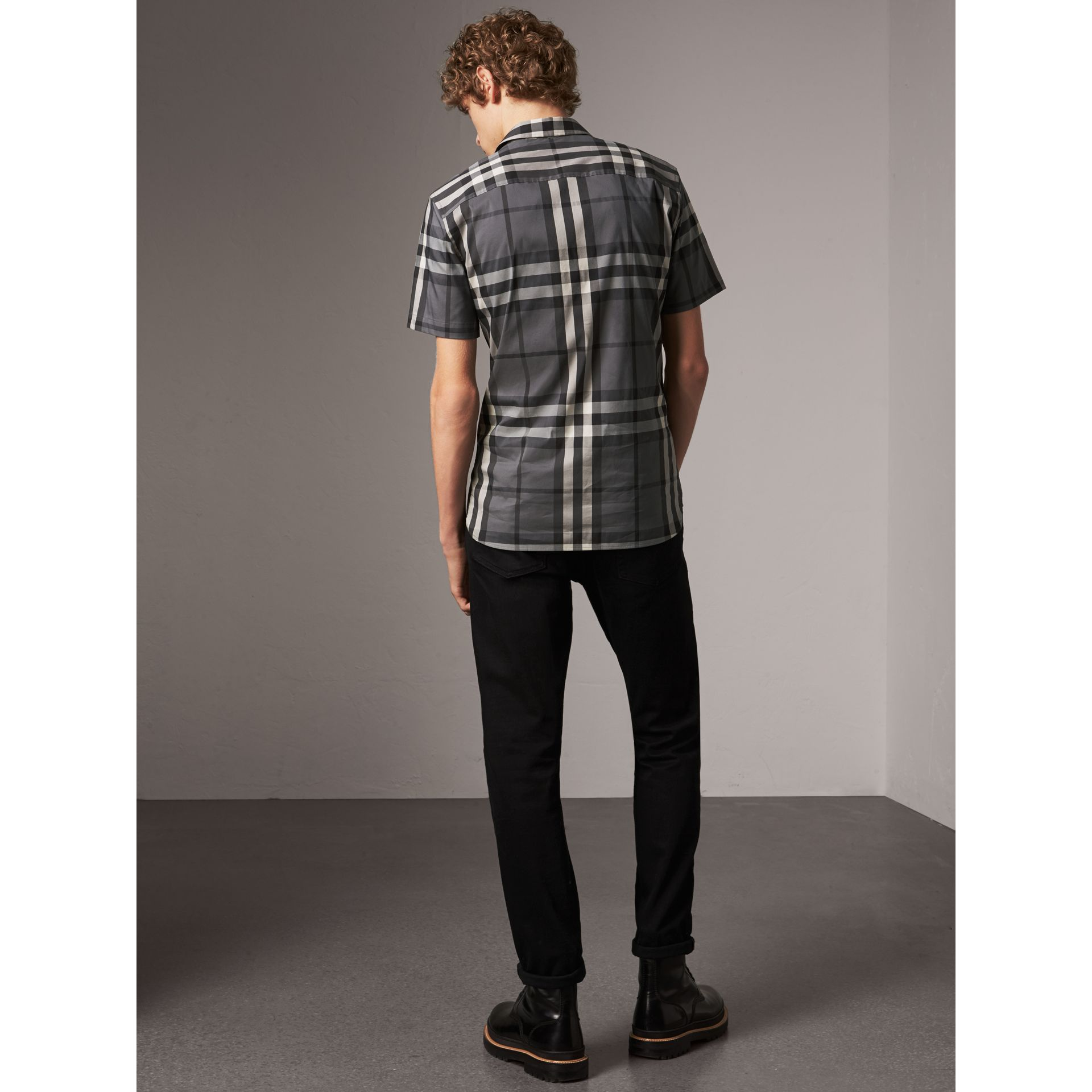 Short-sleeved Check Stretch Cotton Shirt in Charcoal - Men | Burberry United Kingdom - gallery image 3