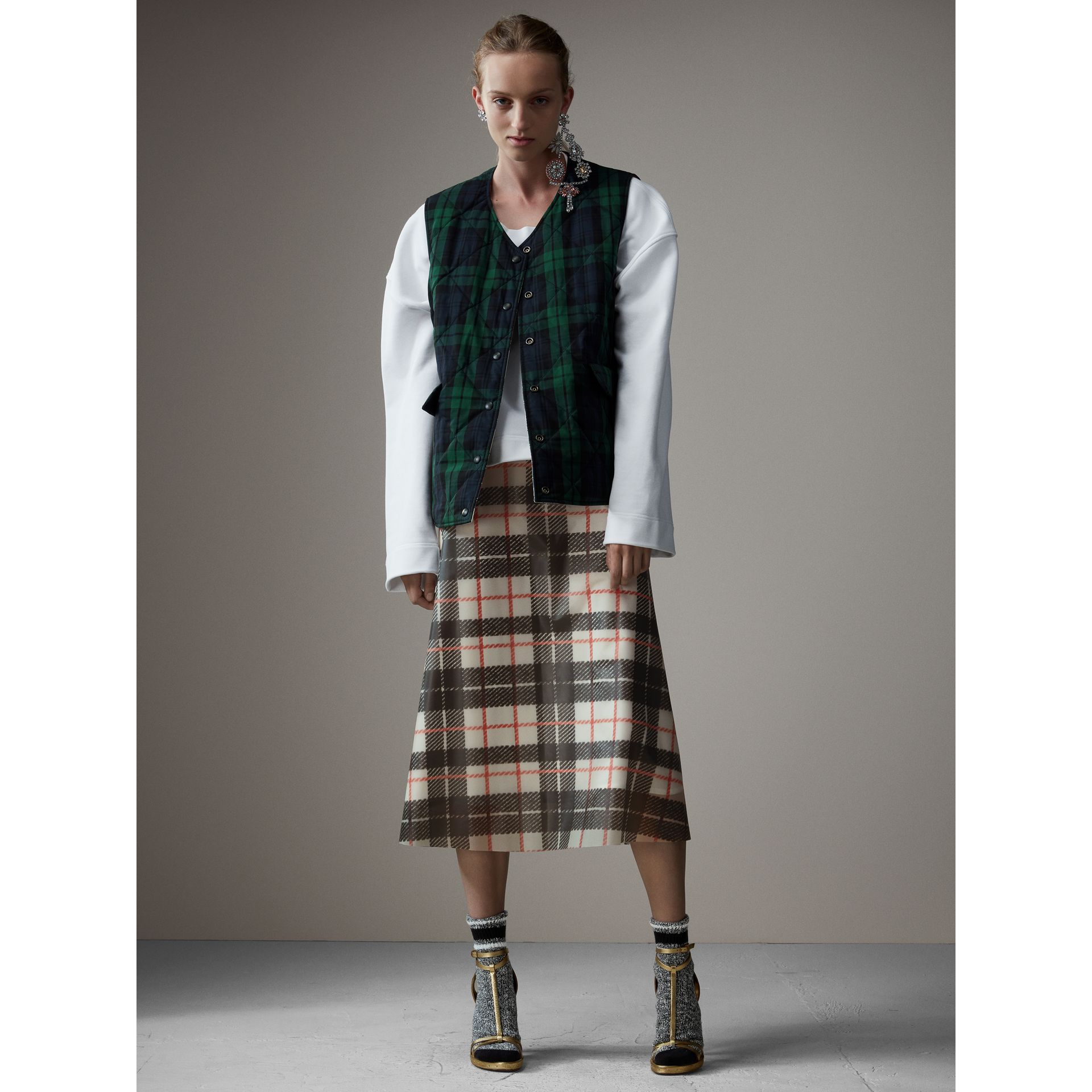Reversible Tartan Quilted Cotton Gilet in Natural White - Women | Burberry Australia - gallery image 4