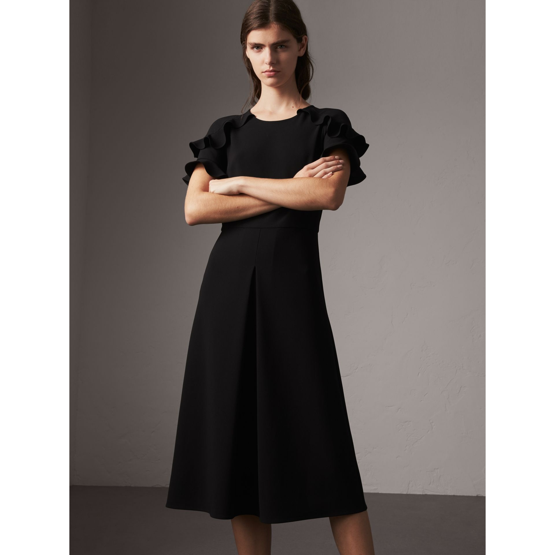 Ruffle Detail Short-sleeve Crepe Dress in Black - Women | Burberry - gallery image 4