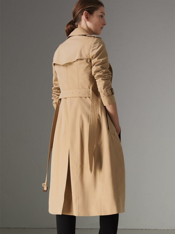 The Long Chelsea Heritage Trench Coat in Honey - Women | Burberry - cell image 2