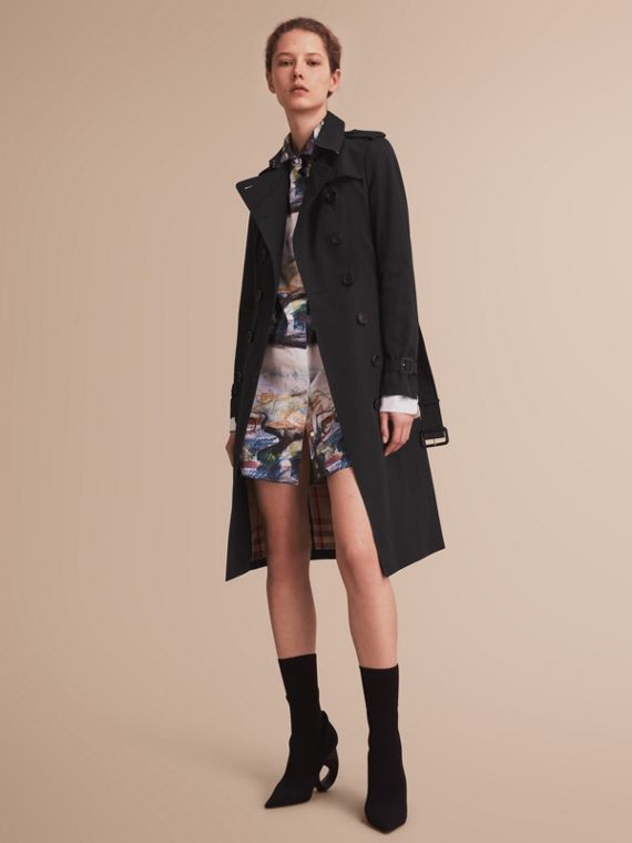 The Sandringham – Extra-long Heritage Trench Coat in Black - Women | Burberry Singapore
