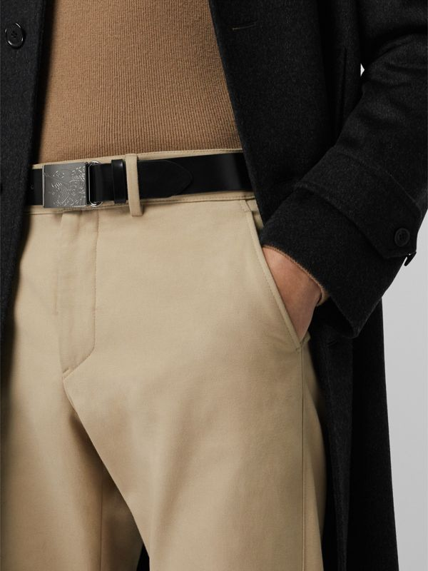 EKD Plaque Buckle Leather Belt in Black - Men | Burberry Singapore - cell image 2