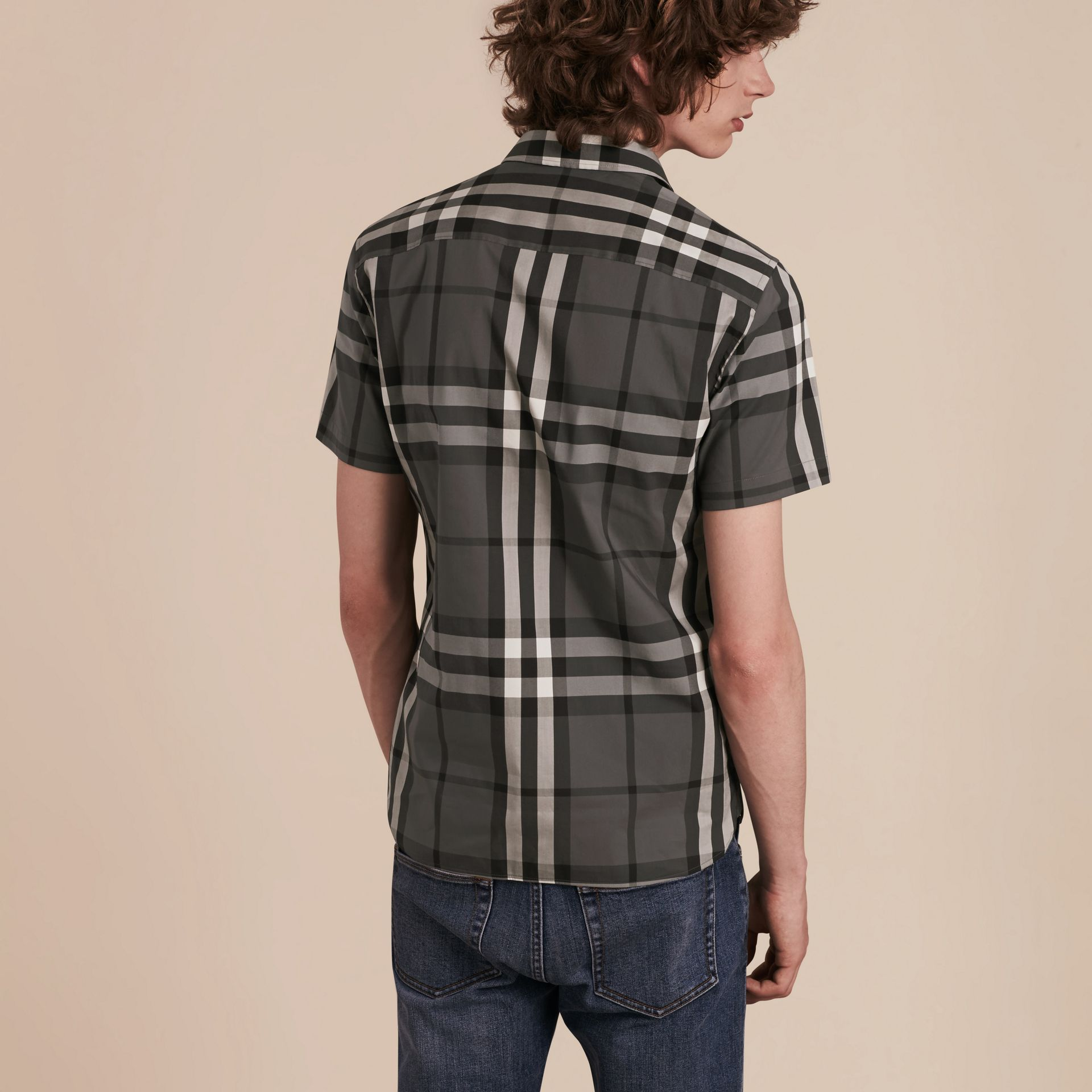Short-sleeved Check Stretch Cotton Shirt Charcoal - gallery image 3