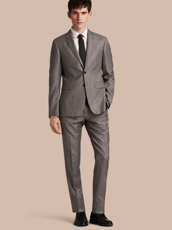 Slim Fit Travel Tailoring Wool Suit