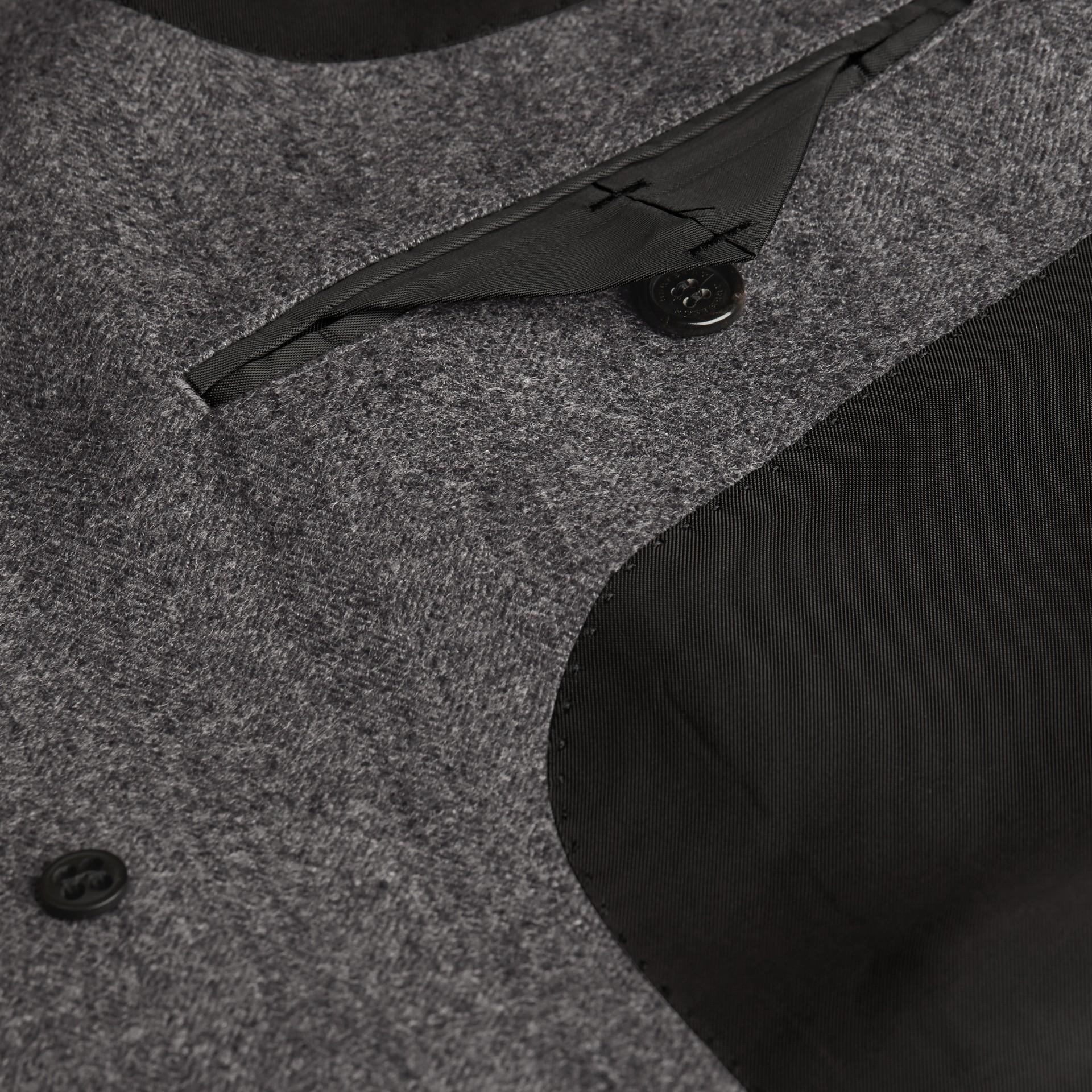 Gris moyen Manteau ajusté en laine à motifs chevrons - photo de la galerie 2