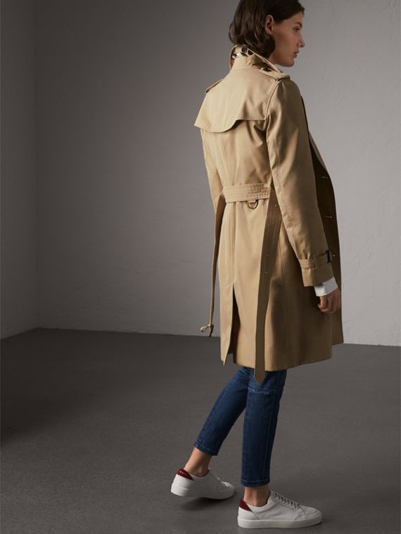 The Kensington – Long Trench Coat in Honey - Women | Burberry Singapore - cell image 2