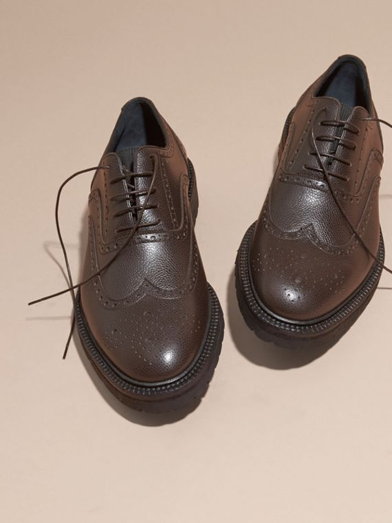 Bitter chocolate Grainy Leather Wingtip Brogue with Rubber Sole Bitter Chocolate - cell image 2