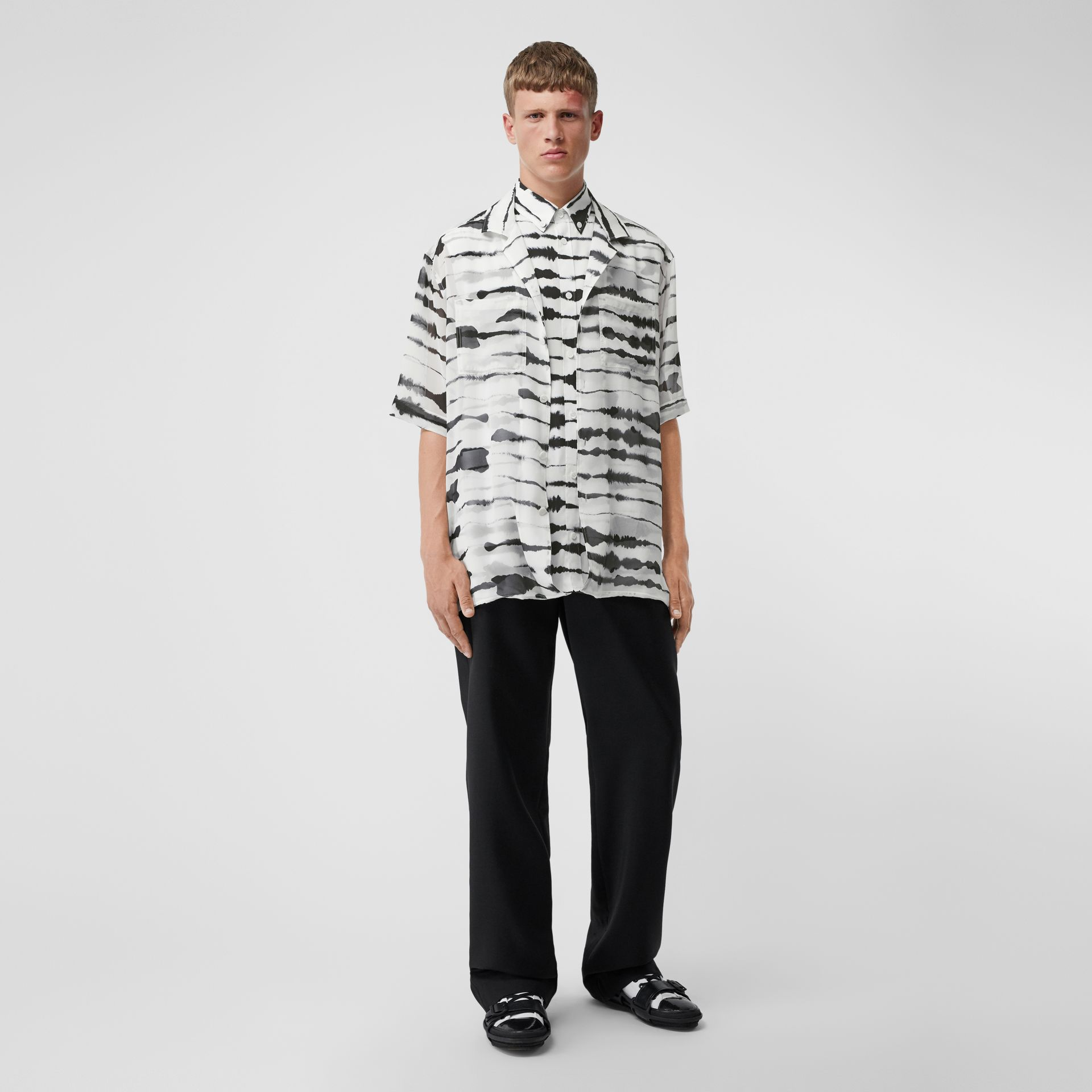 Short-sleeve Silk Overlay Watercolour Print Twill Shirt in Monochrome | Burberry United States - gallery image 6