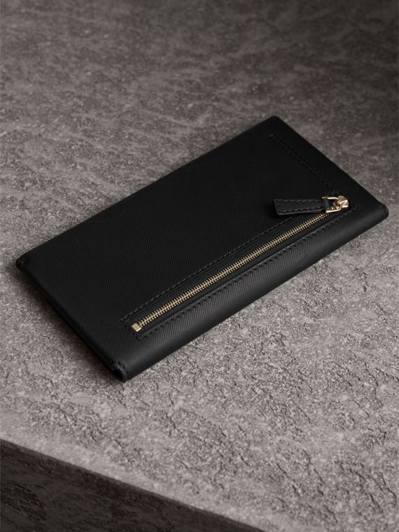 Trench Leather Envelope Wallet in Black - Women | Burberry - cell image 2