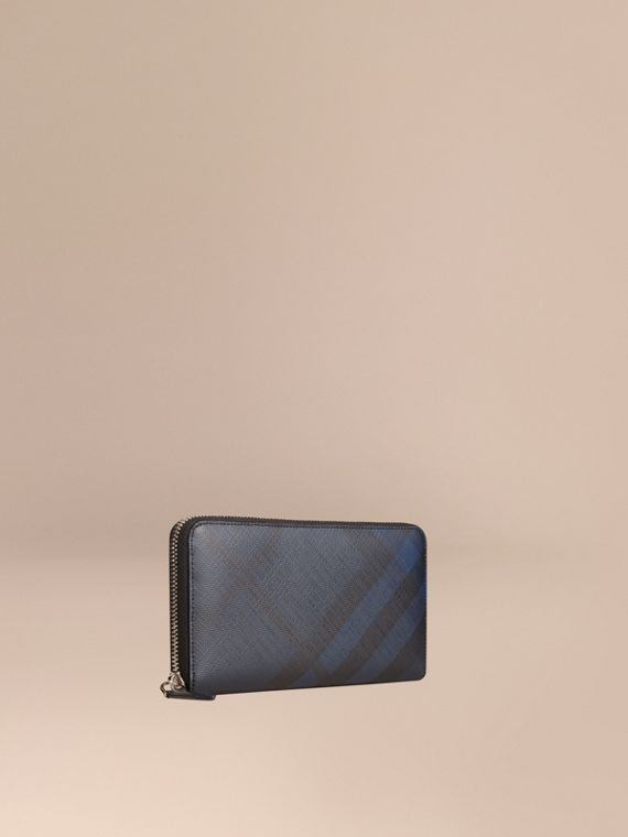 London Check Ziparound Wallet in Navy/black - Men | Burberry Hong Kong