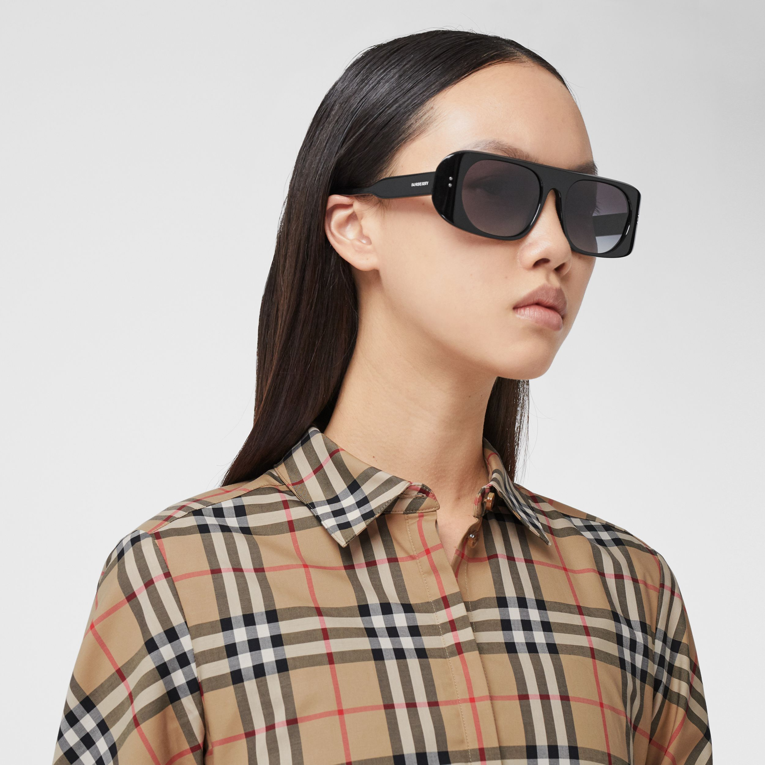 Vintage Check Stretch Cotton Twill Shirt in Archive Beige - Women | Burberry United States - 2