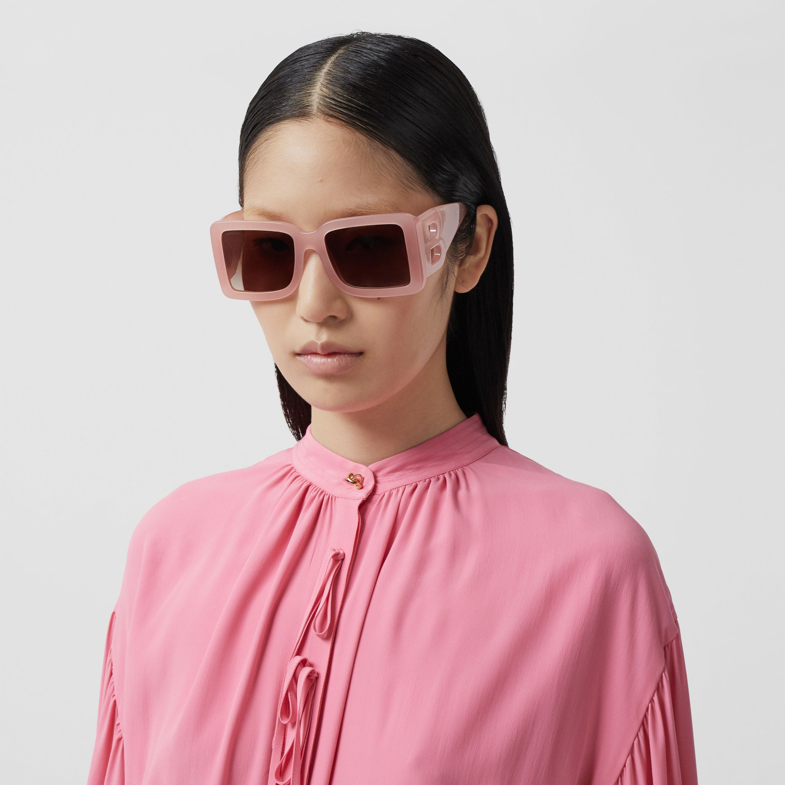 B Motif Square Frame Sunglasses in Pink - Women | Burberry - 3