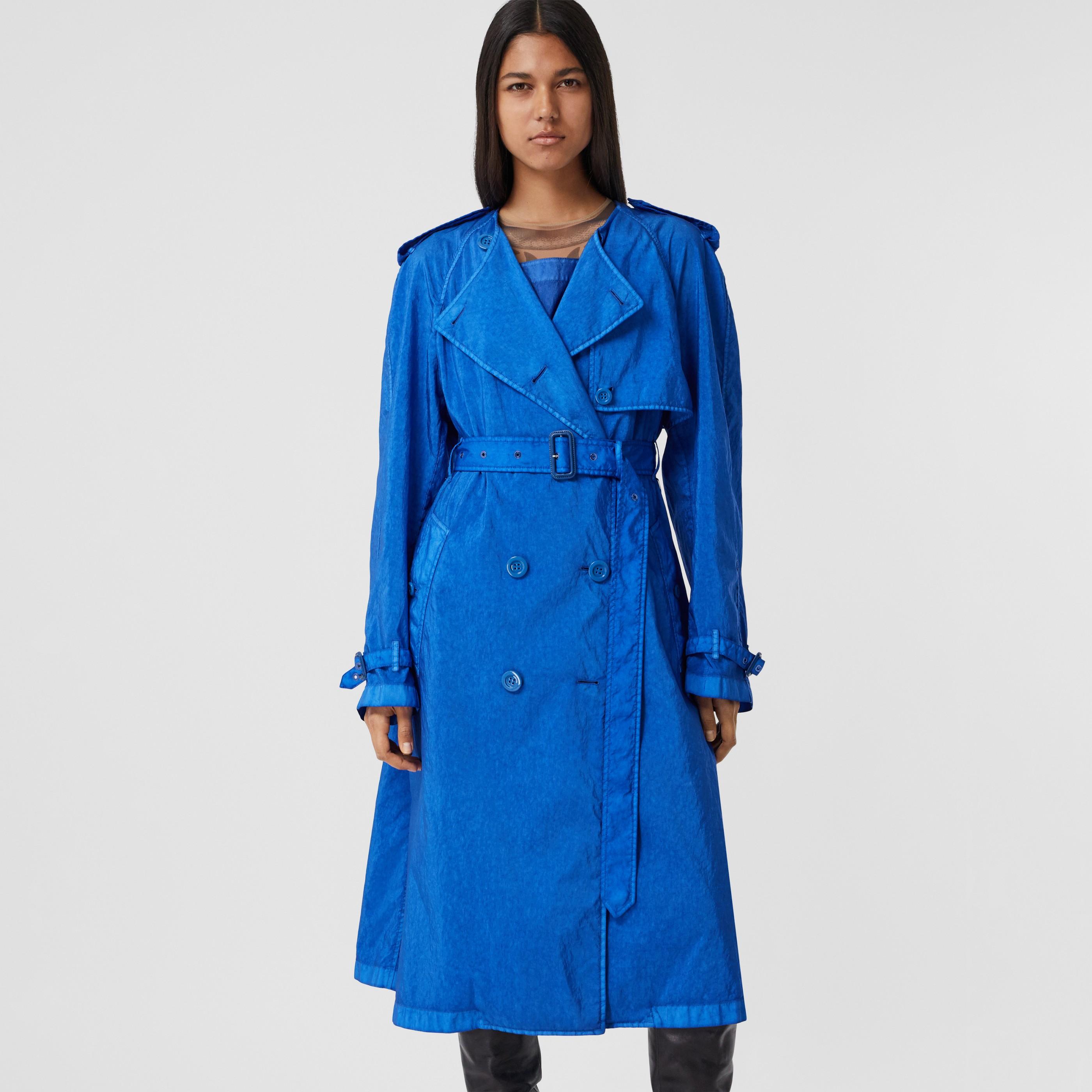 Trench coat senza colletto in tela tecnica (Blu Reale Caldo) - Donna | Burberry - 1