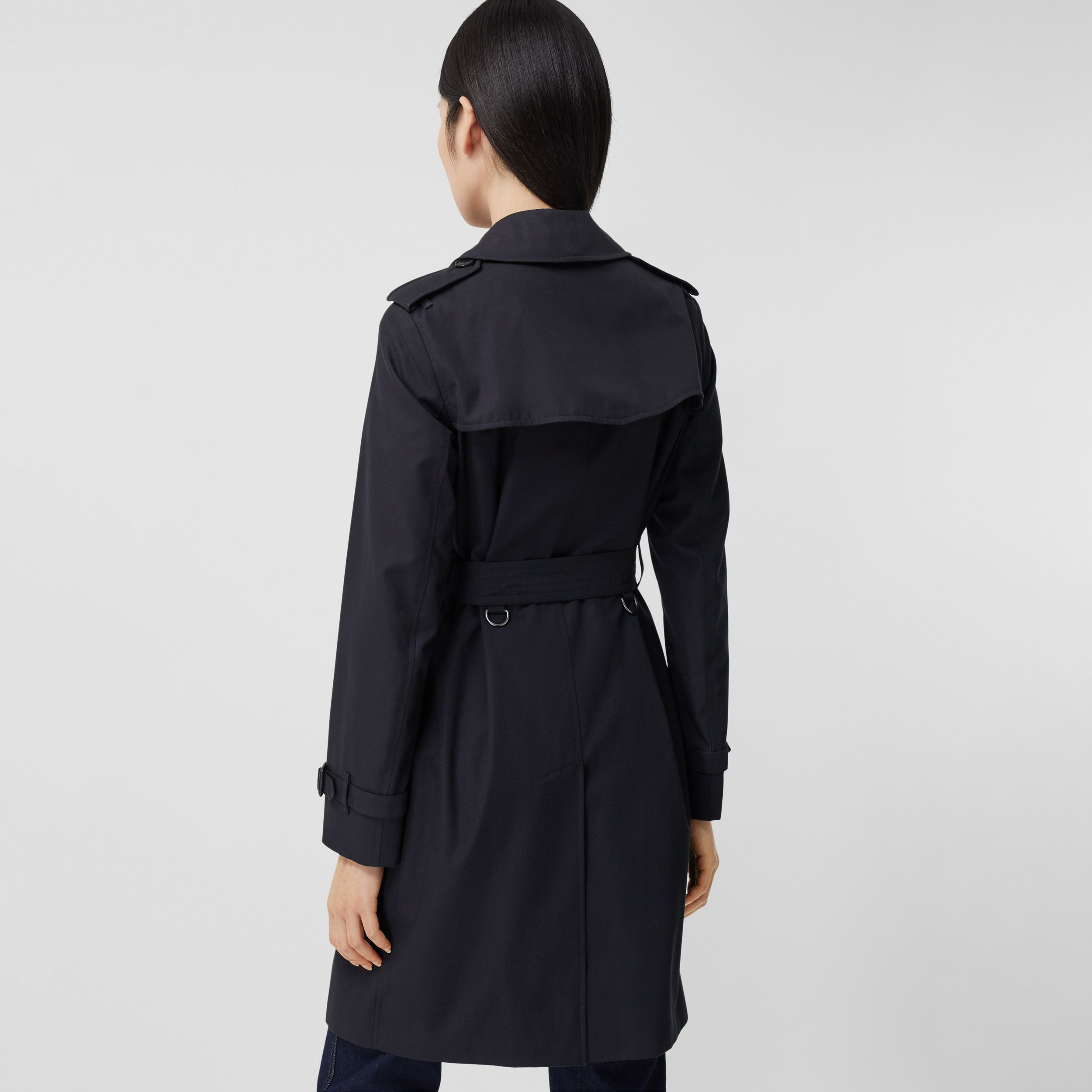 The Mid-length Kensington Heritage Trench Coat in Midnight - Women | Burberry - 3