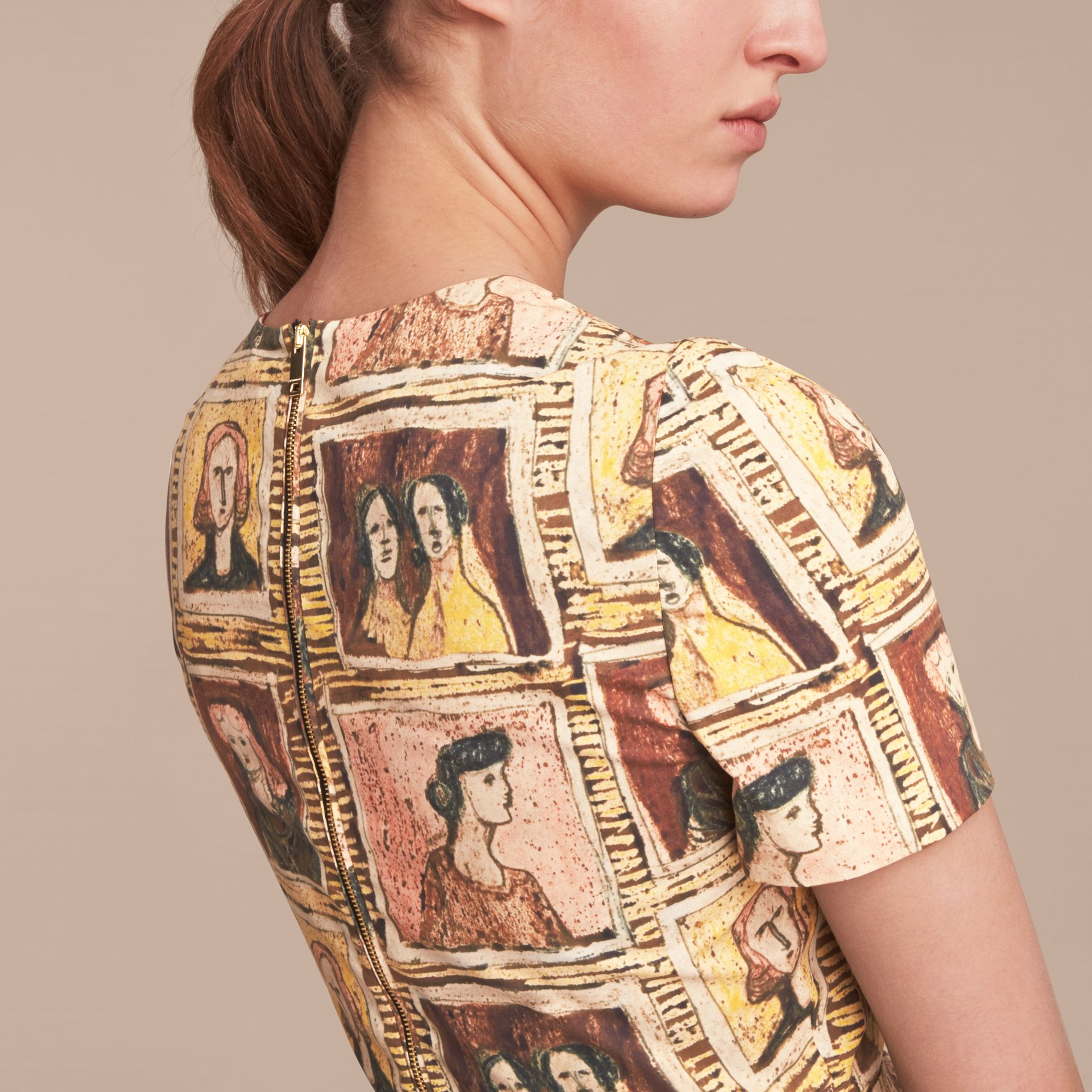 Framed Heads Print Cotton Shift Dress in Umber Brown - Women | Burberry - gallery image 4