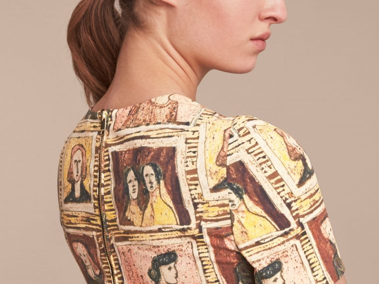 Framed Heads Print Cotton Shift Dress in Umber Brown - Women | Burberry - cell image 4