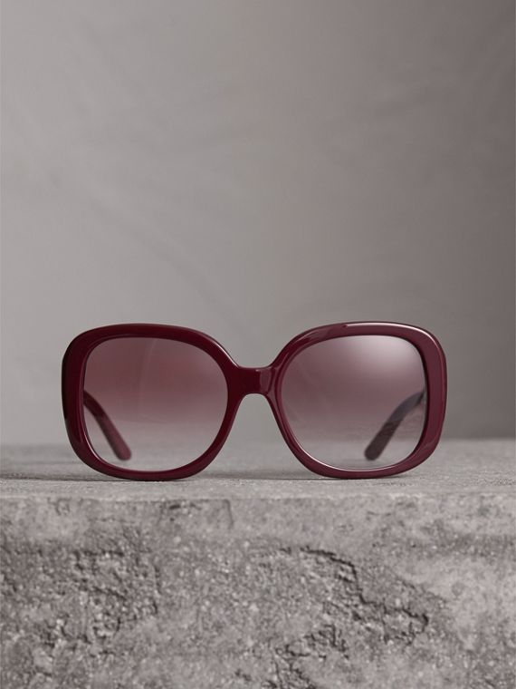 Square Frame Sunglasses in Burgundy - Women | Burberry - cell image 3