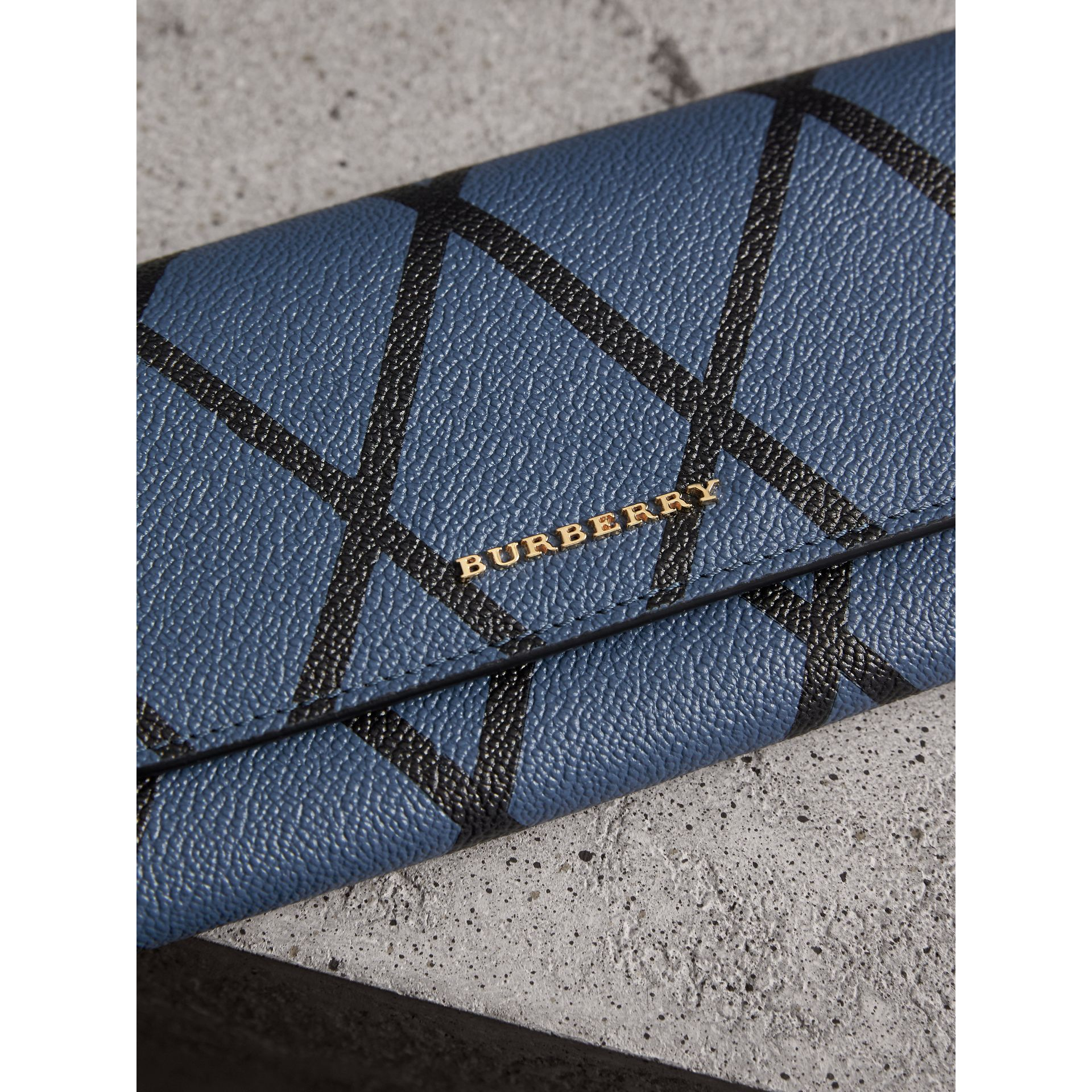 Trompe L'oeil Print Leather Continental Wallet in Steel Blue - Women | Burberry - gallery image 2