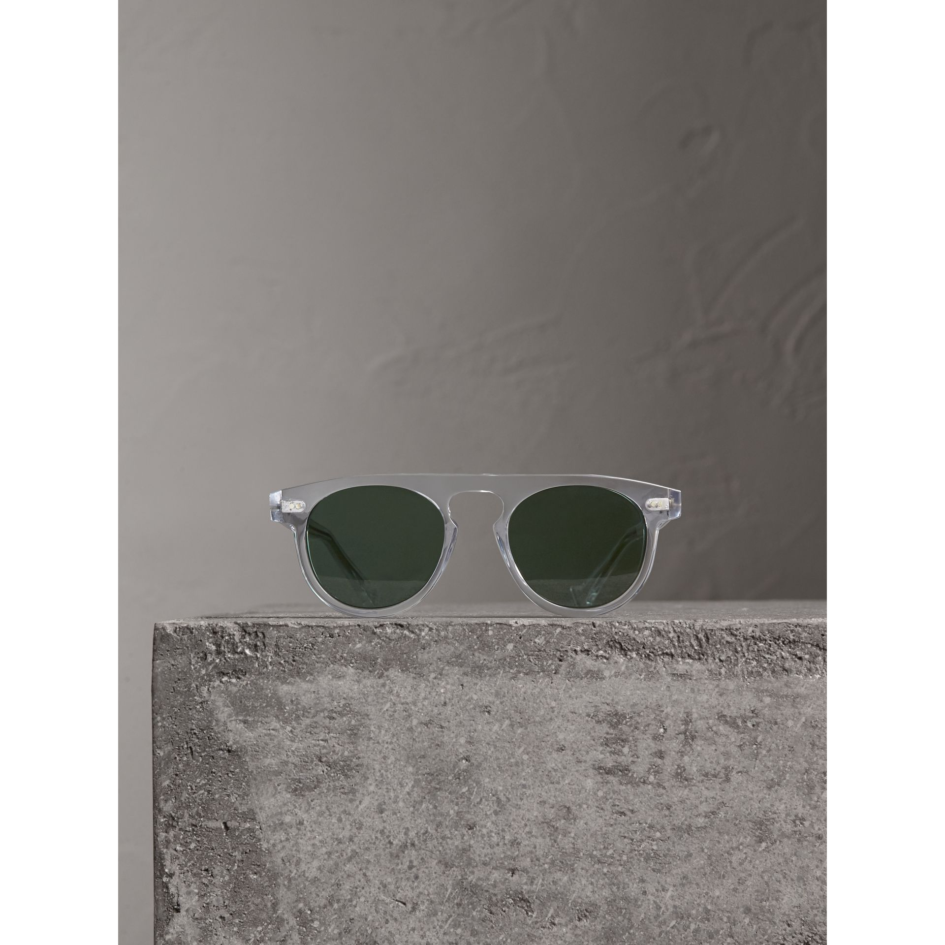 The Keyhole Round Frame Sunglasses in Crystal/green | Burberry Australia - gallery image 3