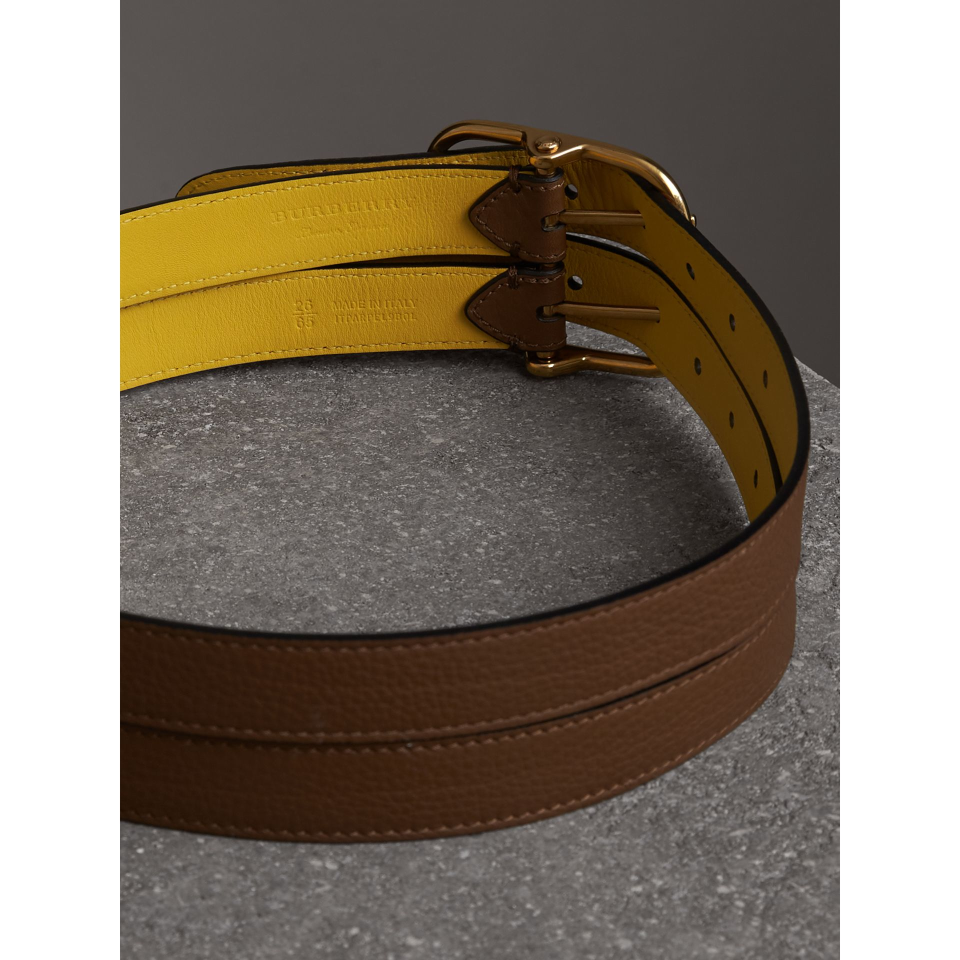 Reversible Double-strap Leather Belt in Tan/bright Larch Yellow - Women | Burberry United Kingdom - gallery image 3